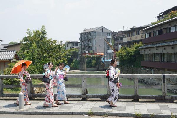 京都渡月桥被台风吹倒?没事,旁边还有8大去处!有吃有玩有住