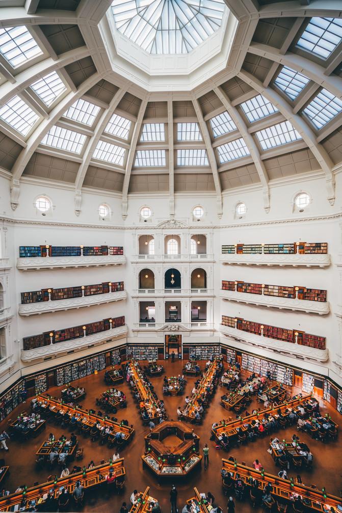 墨尔本这座古老的图书馆气质如魔法学院,现已成网红打卡地!