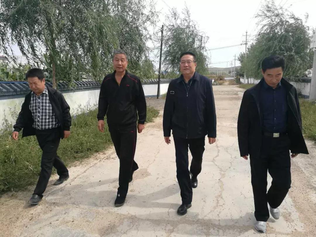扶贫| 傅仲宇一行到兴安盟五星村扶贫联系点考察调研