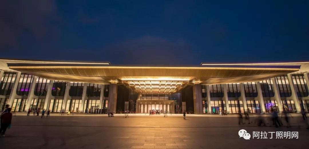 的制订工作,与此同时,青岛市规划部门也在推进城市设计工作,将夜景图片
