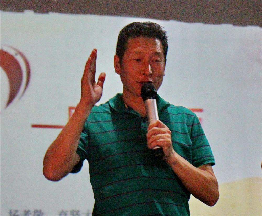 """斌心学校教师节""""感恩你我""""活动暨学生大会举行"""