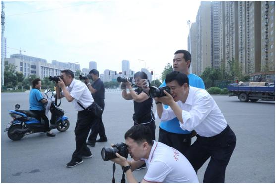 全国公安摄影图文大赛采风活动走进阜阳公安