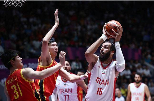 为何说姚明是被篮球耽误的段子手,看了他的经