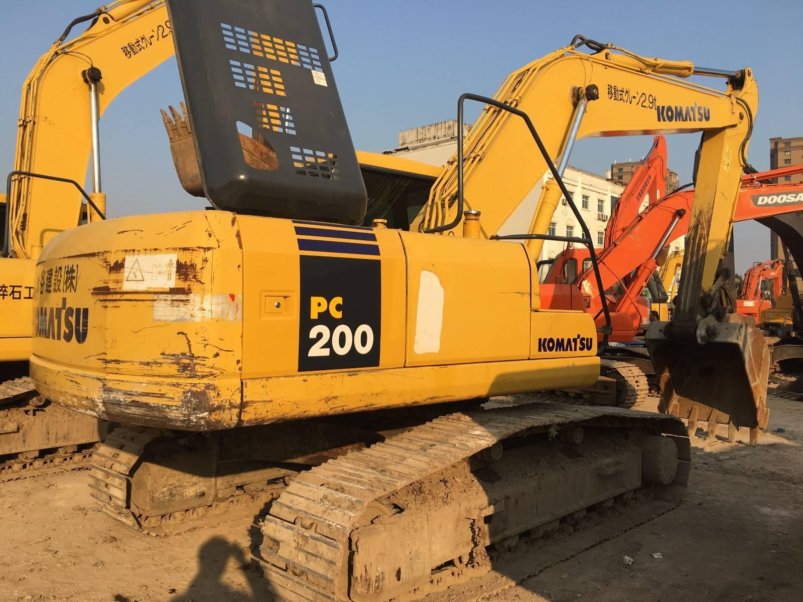 小松200-8挖掘机头像