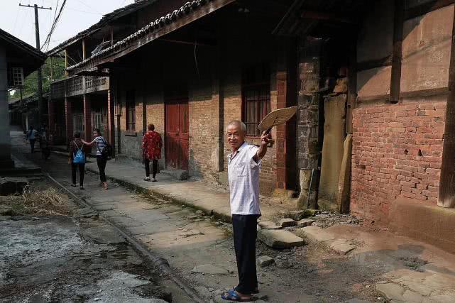 四川这座古镇低调了千年,是该叫醒它了