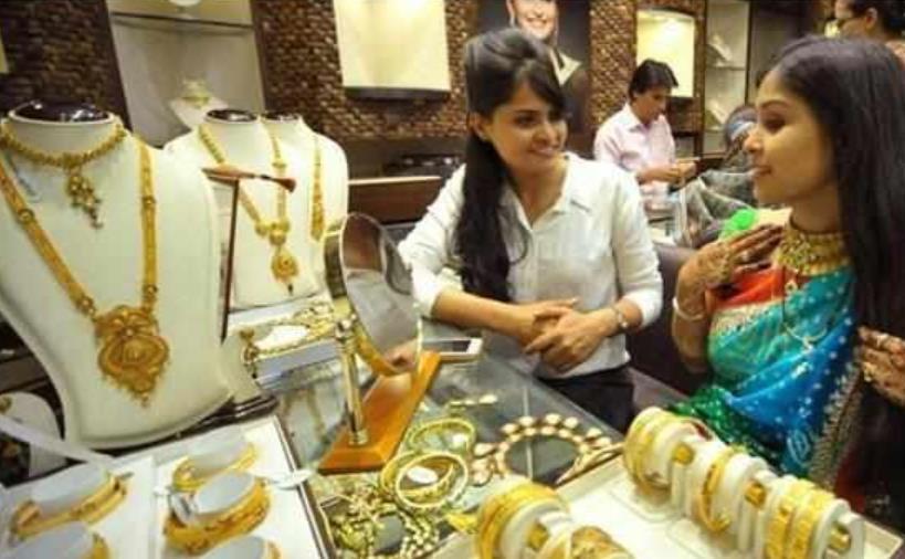 印度人纳闷:中国游客那么大方,为什么不买我们国便宜的黄金?