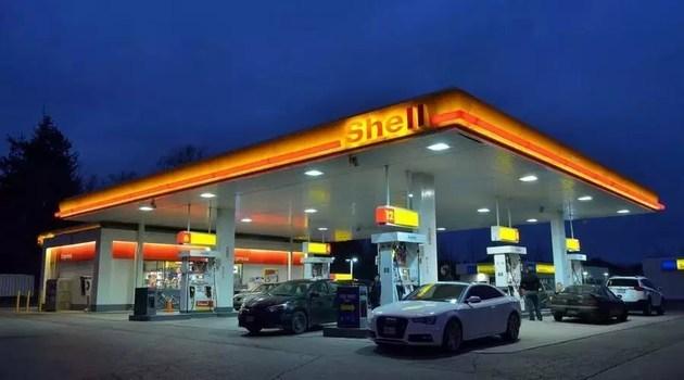 首家外资加油站承载了低油价的希望