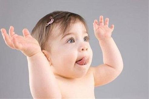 断奶是一个残酷的历程,科学的断奶方法, 让宝宝告别母乳