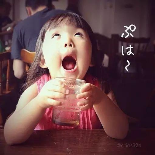 """日本四岁小女孩凭借她的""""丑萌""""火遍全世界,你就是我想要的傻丫头!图片"""