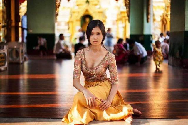 揭秘缅甸白富美生活,住豪宅用豪车,当地人:生活水平赶超美国