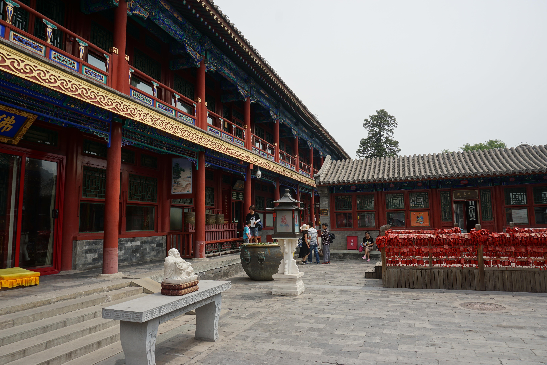 """""""京城第一豪宅""""一根柱子就值27亿,贫穷限制了我的想象"""