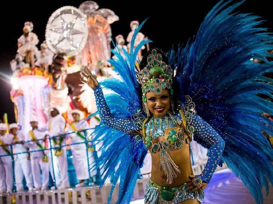 世界最大的狂欢节,靠赤身裸体吸引游客,简直是现实版的情色天堂