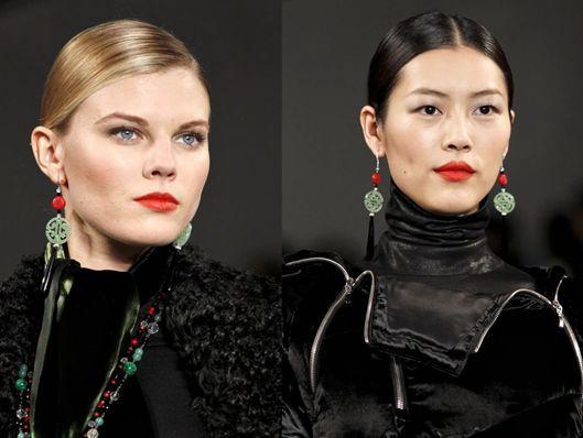 lv gucci还有prada_Gucci、Prada、LV秀场都在玩中国古风,最后一个厉害了…_旗袍