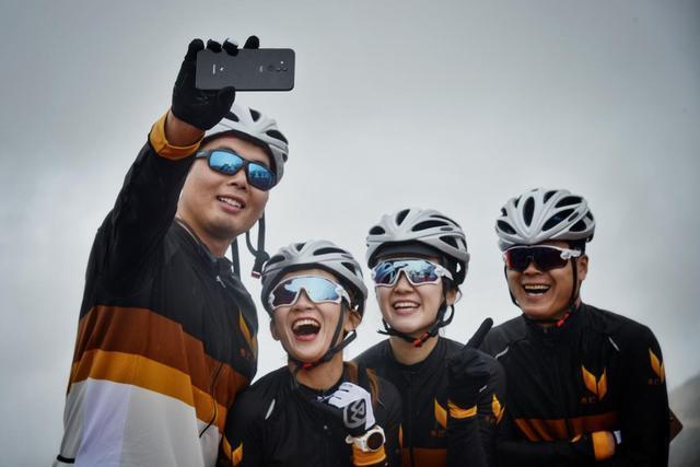 无畏前行,出发西藏,旅途无憾:麦芒香格里拉环线骑行