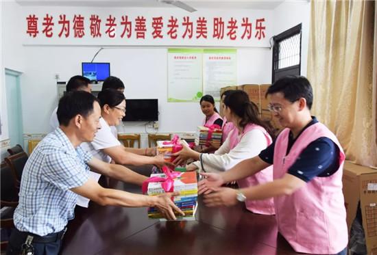 淮安一院部分党员干部来车桥:寻访烈士足迹,接受红色教育