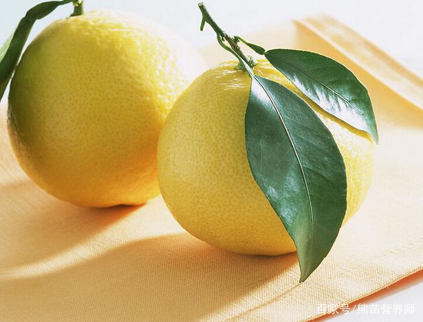 秋季吃柚子正当时,它有哪些营养功效,又该如何挑选