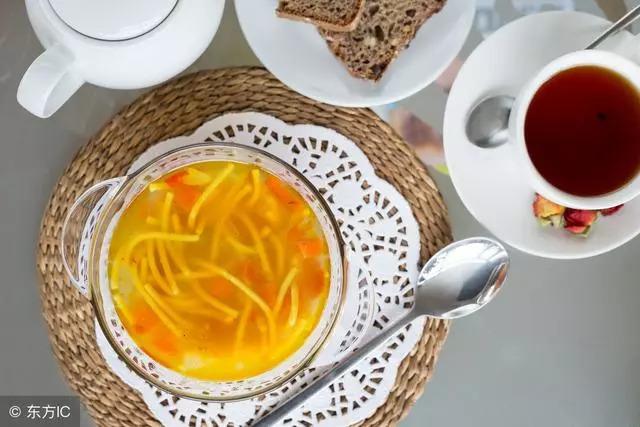 喝湯能催奶?哺乳期媽媽如何科學喝湯? 健康 第5張
