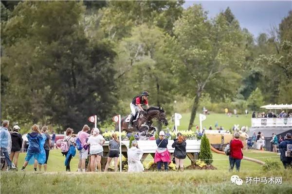 【骑手】比利时骑手Fonck成为世界马术运动会历史上首位获得西部驭马术个人金牌的欧洲