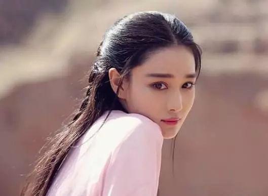 最性感的女明星_女星徐冬冬代言游戏 九尾狐造型性感撩人