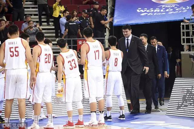 中国男篮双国家队年底前将完成合并 20人大名单红队恐占一半以上