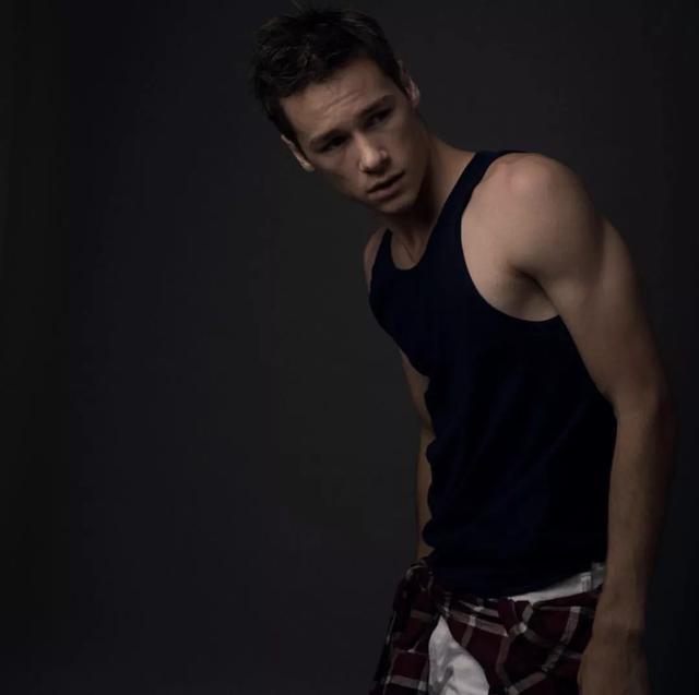 美国恐怖故事 新一季的演员Kyle Allen,有着模特般的条件