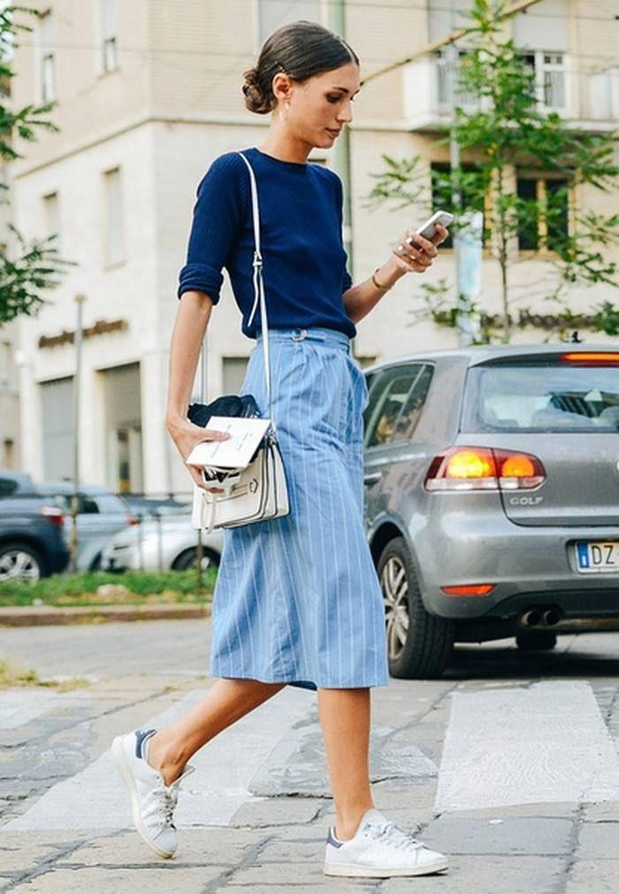 今年最流行蓝色系搭配,入秋穿衣不发愁,穿了女人味满满又高级