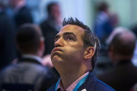今日财经市场5件大事:全球股市对贸易摩擦反应平淡油价飙升