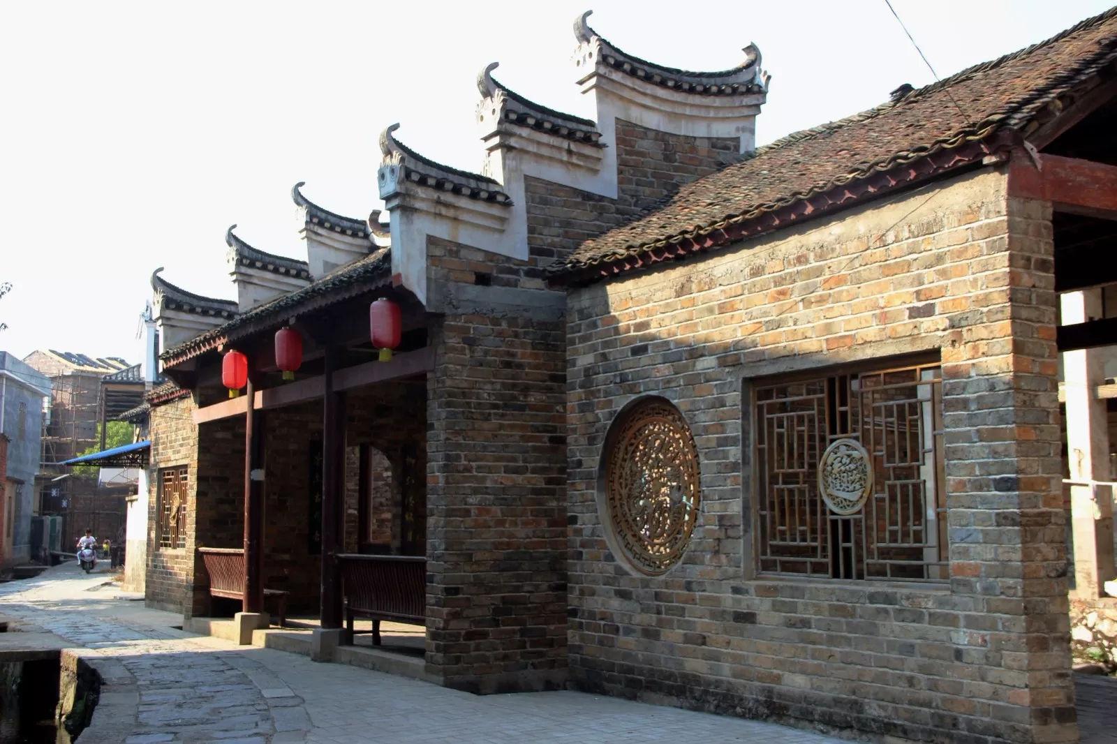 中国风水绝佳的古村,建筑违背常规,专家都不懂怎么回事!