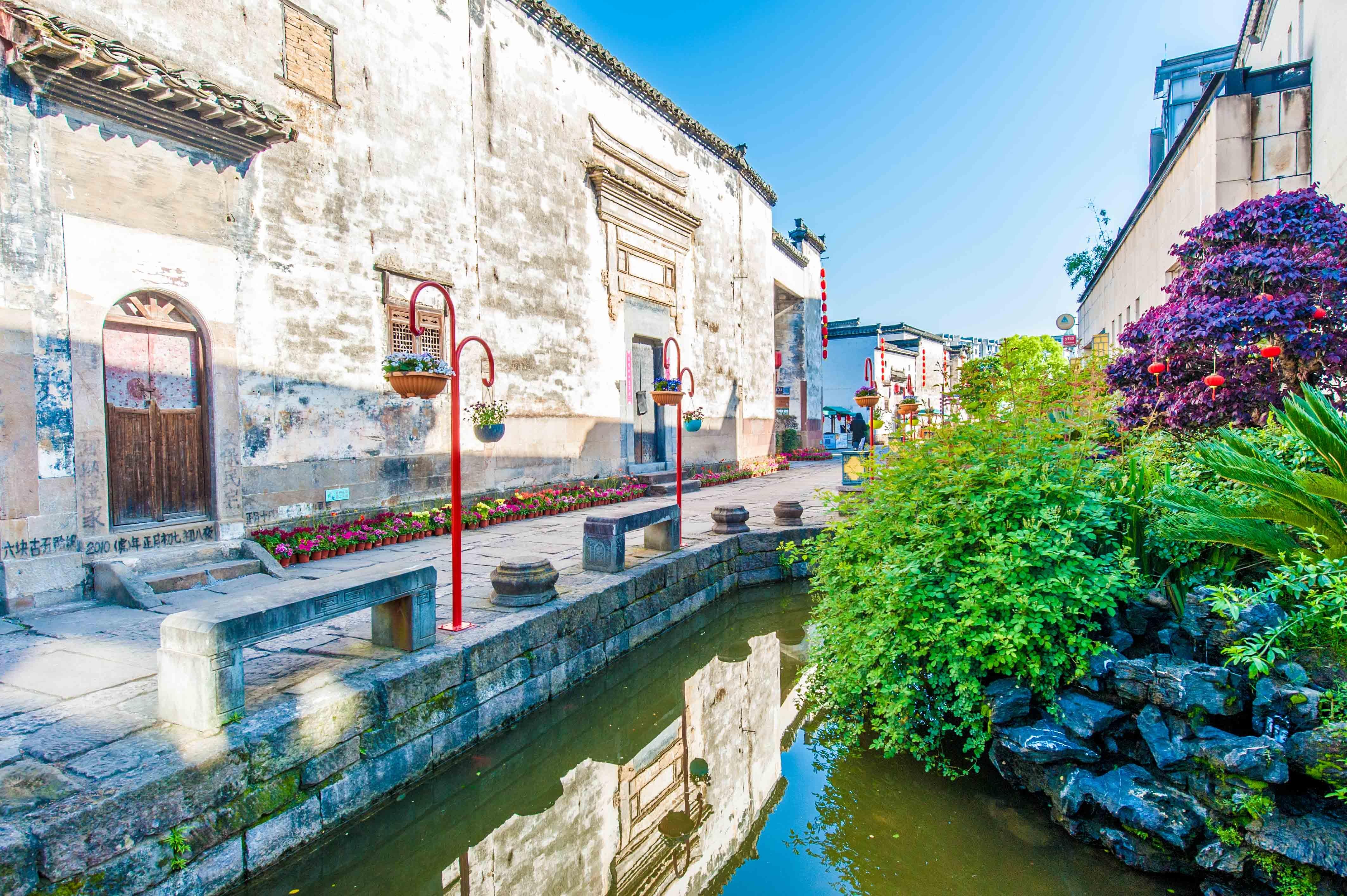 """黄山最""""文艺""""的古镇,有1800多年历史,不收门票,风景堪比宏村"""