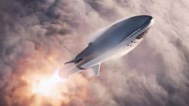 马斯克首张登月机票被日本富豪买下,运载火箭成本高达50亿美元