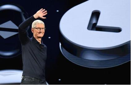 苹果给库克配发了56万股股票作为留任CEO奖励 苹果接班人怎么选?