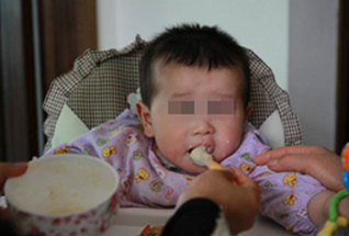孙子喝了奶奶煮的粥,竟中毒去世,只因粥里加了此物