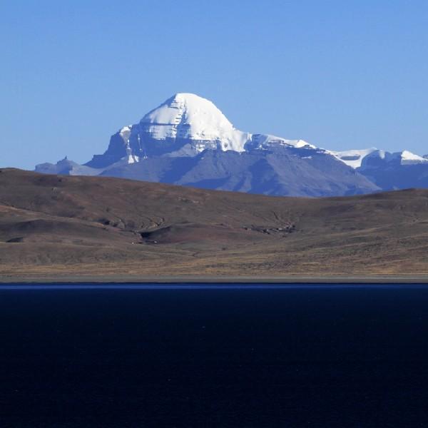 中国这一座拥有特殊的身份高山,无人敢攀登