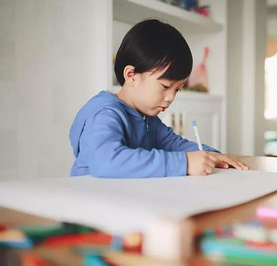 教养孩儿子何以壹眼认出产英语单词的意思——储藏了!