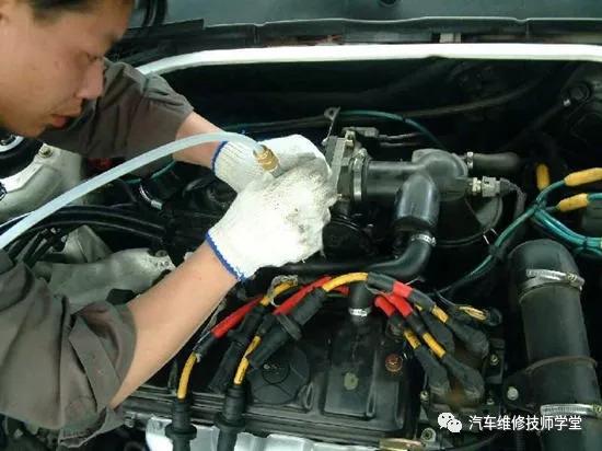 2, 起动电路 是由起动机,起动继电器,起动开关及起动保护电路组成的图片
