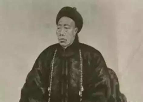 清朝名人李莲英的翡翠扳指,价值竟然如此珍贵?