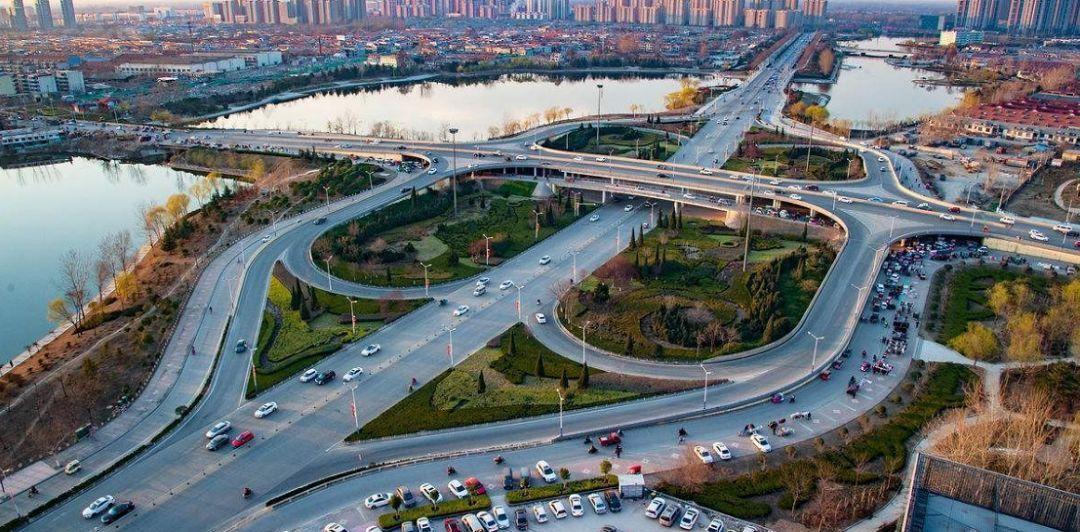 菏泽总人口_70年,中国牡丹之都菏泽面貌一新
