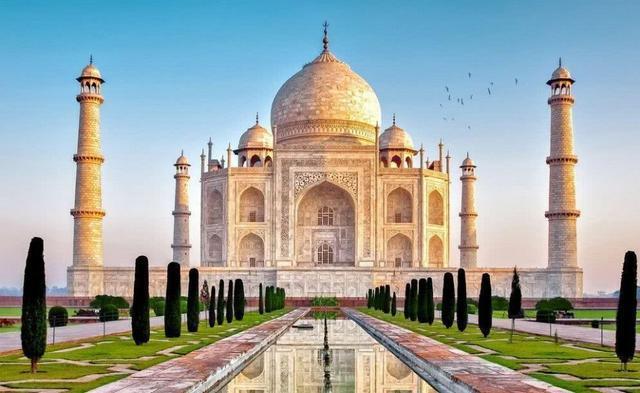 去印度不要拍恒河边的苦行憎,以免发生不必要的麻烦!导游提醒!