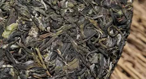 黑茶中为什么会有那么多茶梗终于有答案了!