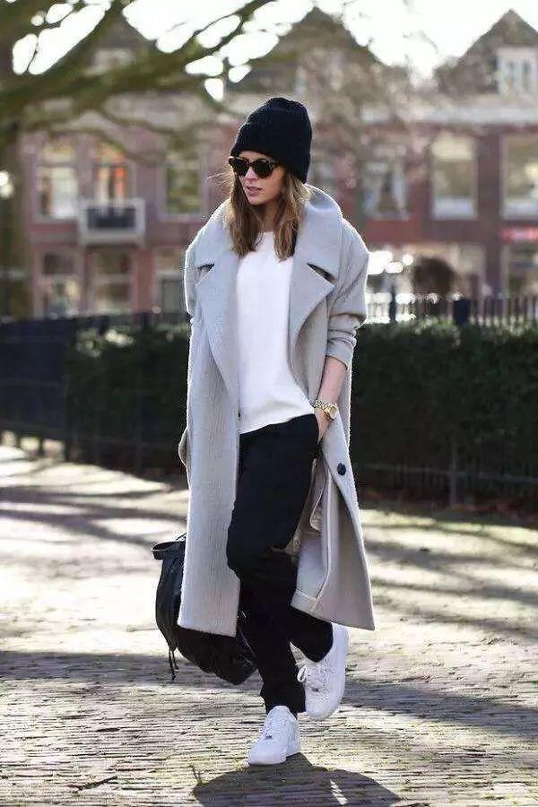 与大衣最不搭的三条裤,女生尽量别穿了!