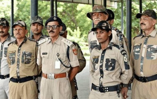 印度女人一旦犯罪,将关进男子监狱,下场让人落泪!