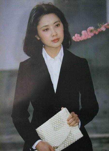 女人靓丽网 80年代中国时尚女性老照片:没想到她们那么美,最后一张美若天仙