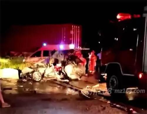 梅县区205国道白渡觉慈路段发生交通事故,造成5人死亡!