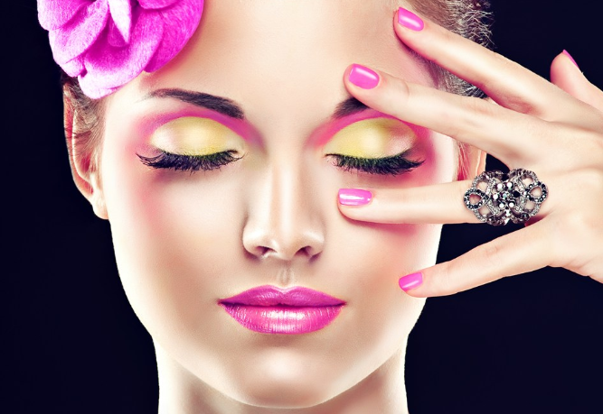 彩妆和化妆有什么区别