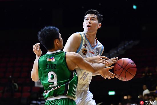篮球赛 亚洲联赛亚当斯45分新疆险翻船 绿勇士捍卫菲律宾荣誉