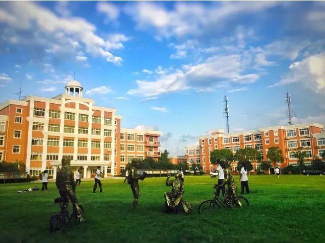 "A-Level""四大金刚""之首—— 领科教育上海校区"