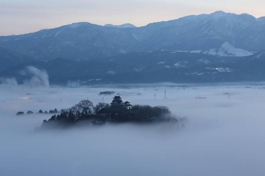 """日本這座小城憑什么?每年吸引80萬游客,被譽為""""戀人的圣地"""""""
