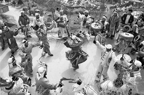 民俗文化:横山老腰鼓