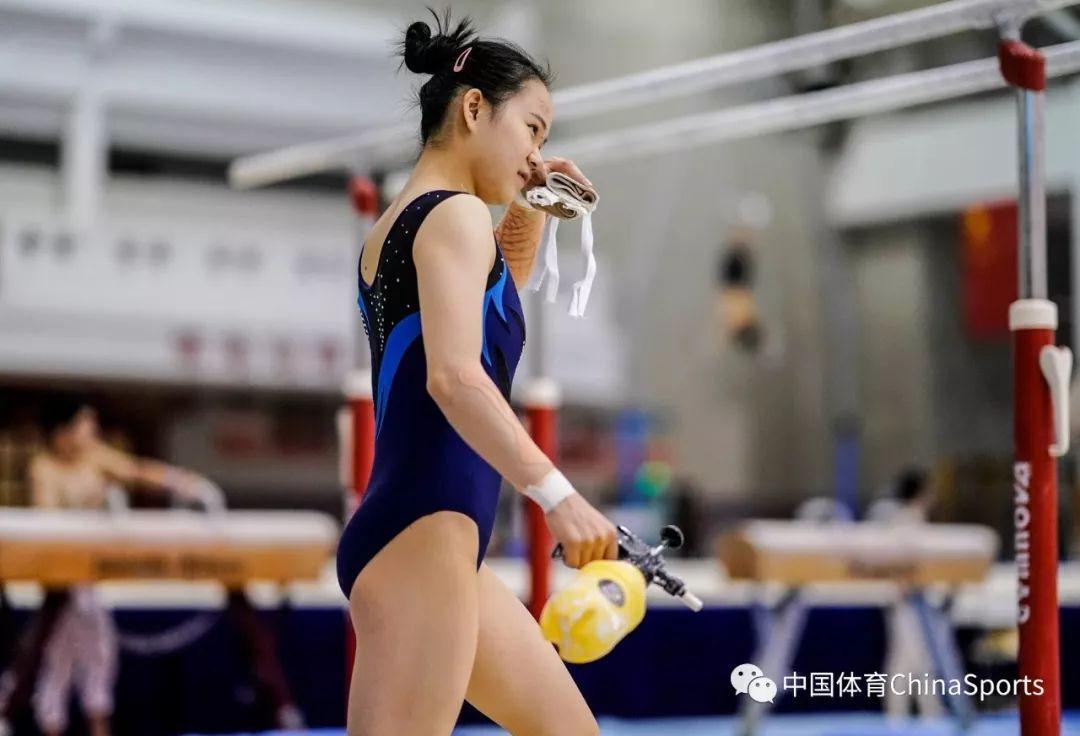 世锦赛倒数一个月中国体操队备战进行中