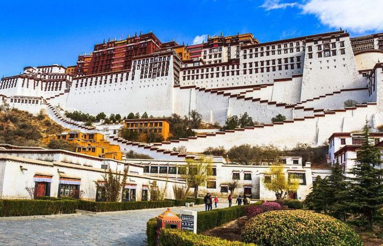 西藏布达拉宫为谁而建?真的不是为文成公主,而是为了它!